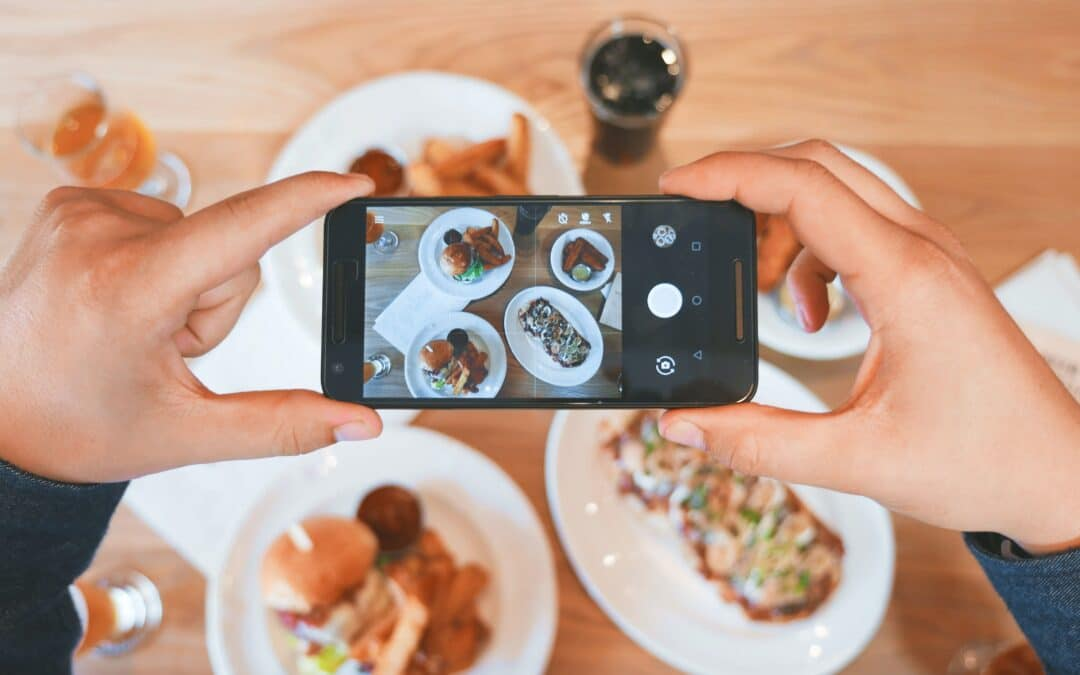 5 Reasons Why Grocery Stores Should Embrace Social Media to Enhance Their Brand
