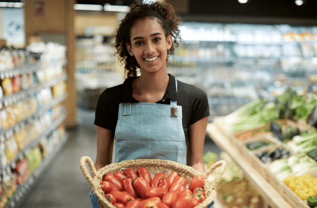5 Simple Ways for Grocers to Retain Employees